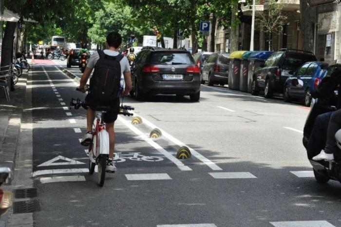Circular por el carril bici
