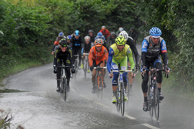 Ciclismo bajo la lluvia