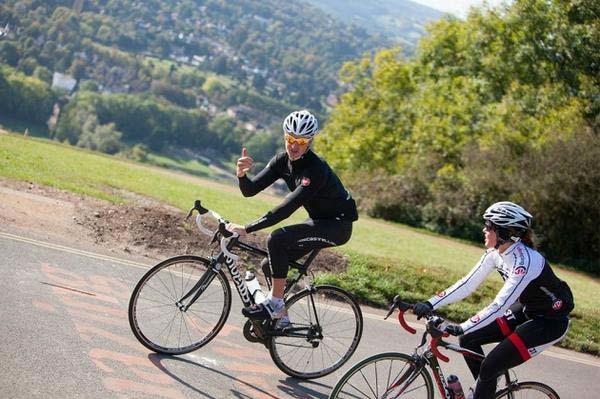 ciclistas-entrenando