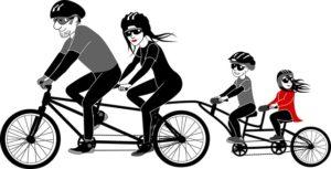 mujeres-y-niños-en-bicicleta